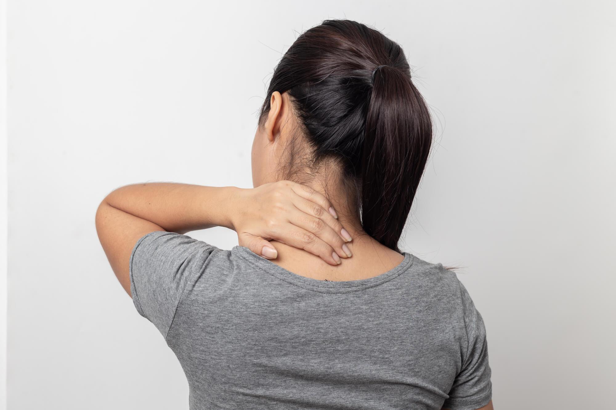 首にまつわるスピリチュアルなお話!首の痛みはどんな意味?首の後ろに注意?