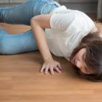 転ぶ時のスピリチュアルな5つの意味とは?理由もなく転んだ時のメッセージは?