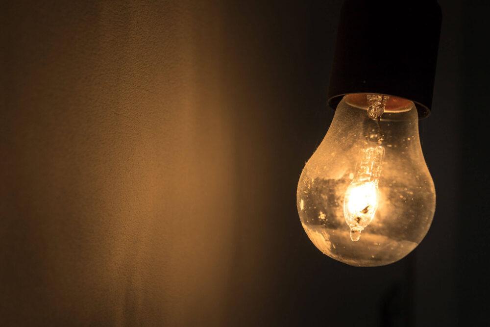 電球が切れる時のスピリチュアルな意味とは?蛍光灯は?チカチカ点滅する時は?